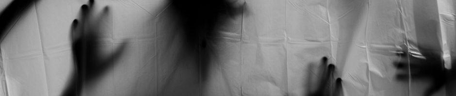 FINIR AVEC LES MAUVAIS RÊVES AVEC LE ROI BABA VIGAN TROM - cauchemars à répétition - faire toujours le même cauchemar signification, faire des cauchemars signification, types de cauchemars, cauchemar remède grand-mère, comment dormir sans rêver, comment arrêter de rêver la nuit, psychologue cauchemar.